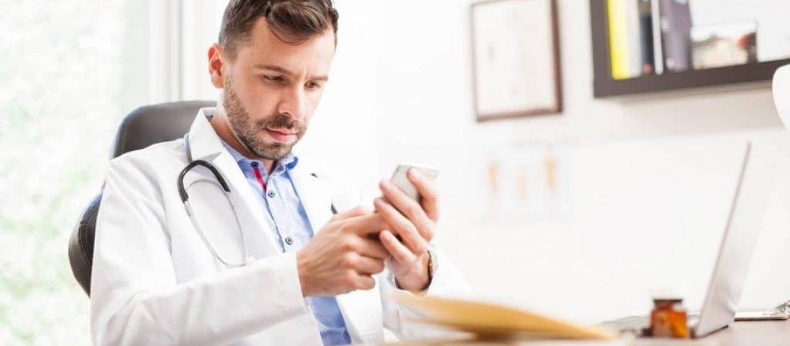 medico-entenda-a-importancia-de-ter-um-conta-profissional-no-twitter